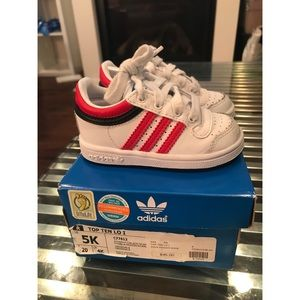 Adidas Top 10 Lo red and white SZ 5 GOOD USED COND
